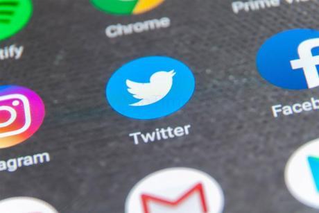 Twitter permette di programmare i tweet all'interno della piattaforma