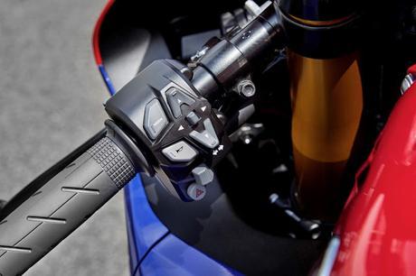 Honda CBR 1000RR-R Fireblade SP 2020