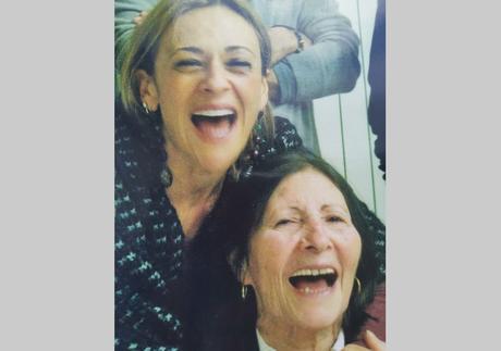 Lutto a Un Posto al Sole: è morta la madre di Luisa Amatucci