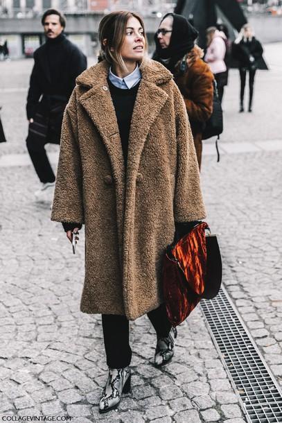 teddy bear coat cappotto teddy bear cappotto peluche come indossare cappotto teddy bear how to wear teddy bear coat cappotto teddy bear street style cappotto fluffy teddy bear  cappotto come abbinarlo come abbinare il cappotto teddy bear street style cappotto teddy bear tendenze inverno 2020 mariafelicia magno fashion blogger color block by felym fashion bloggers italy fashion blogger italiane