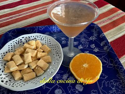 Queen Elisabeth, un classico cocktail Martini con qualcosa in più