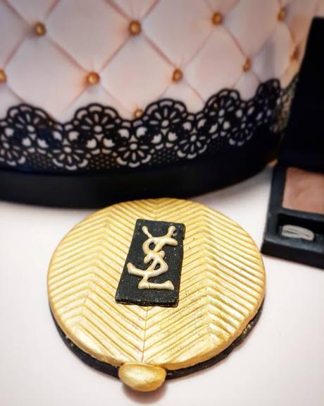Torta fashion: tra palette, rossetti e scarpe tacco 12