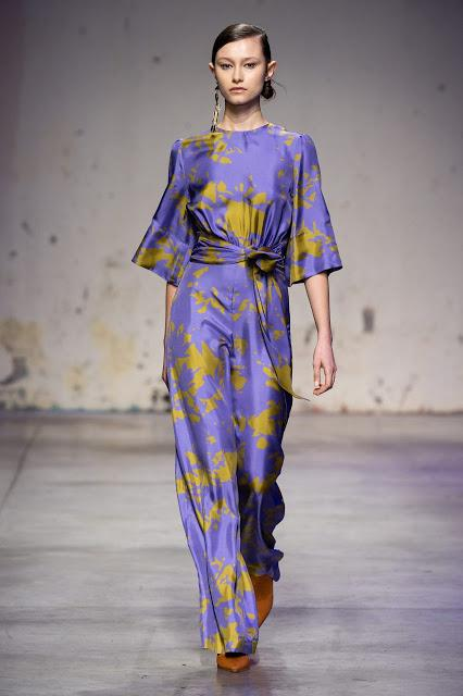 Caterina Moro. Suggestioni Boschive e Vera Sostenibilita'. Roma Fashion Week by AltaRoma. Gennaio 2020.