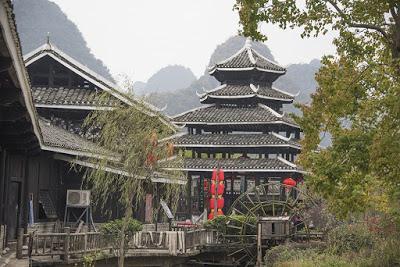 Cina 49 - Nel parco delle finzioni