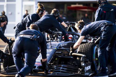 F1 | Esordio in pista per la nuova Alfa Romeo