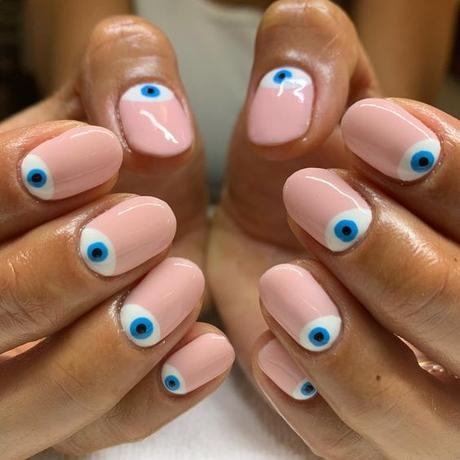 eyeball manicure eyeball nail art tendenza unghie unghie occhi tendenze unghie 2020 beauty tips consigli beauty mariafelicia magno fashion blogger color block by felym fashion blogger italiane