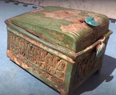 Egitto, Deir el-Bahari, scoperto un deposito di Tuthmosis II