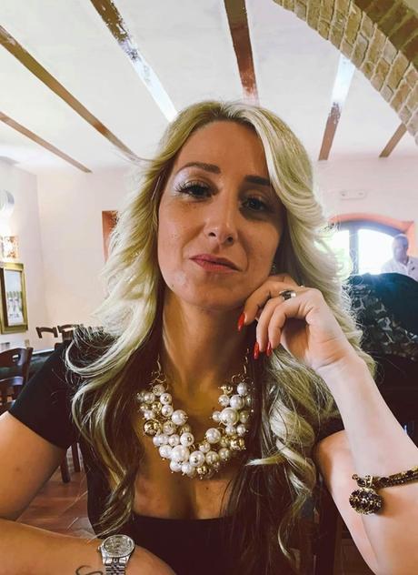 La stilista Cinzia Diddi lancia una raccolta fondi per l'emergenza Coronavirus.
