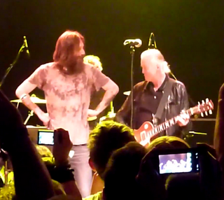 Jimmy Page - Raggiunge sul palco i Black Crowes (video)