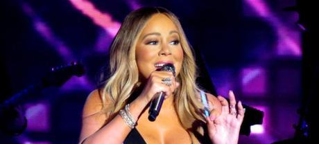 Mariah Carey ha compiuto 50 anni