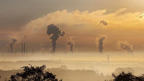Coronavirus: l'inquinamento ha aperto la strada alla diffusione ...
