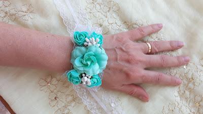 Partecipazioni matrimonio nozze con farfalle tiffany e bracciale
