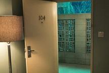 """""""Room 104"""" terminerà con la quarta stagione"""