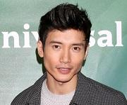 """""""Nine Perfect Strangers"""": Manny Jacinto si è unito al cast della miniserie"""