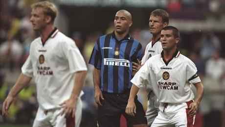Inter divise storiche sponsor Pirelli