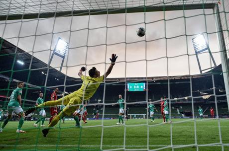 Calcio Estero Sky Sport, Bundesliga e Premier | Palinsesto e Telecronisti 19 - 22 Giugno