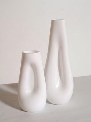 Vasi bianchi design vetro murano lattimo soffiato paperblog for Vasi vetro design