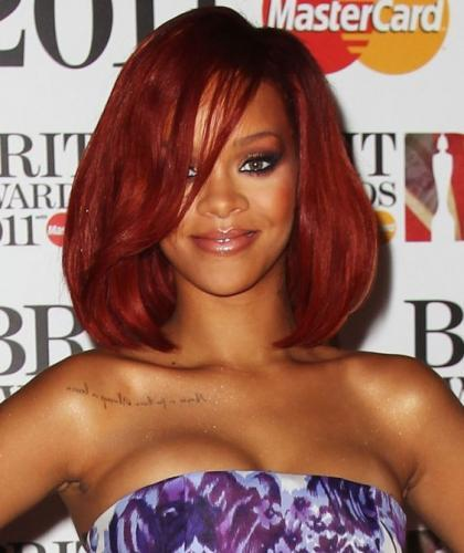 rihanna-2011-brit-awards