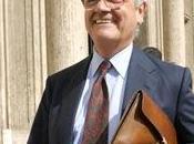 casta politica vuole fare sacrifici: parlamentari siciliani ricorrono contro taglio doppio stipendio