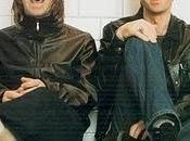 """Liam Gallagher, cantante gruppo musicale """"Oasis"""", querela fratello Noel diffamazione"""