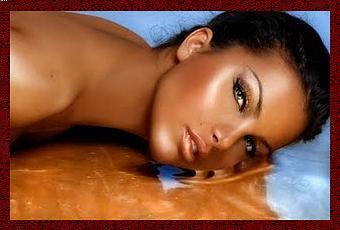 Leruzione di acne su una faccia come si libererà