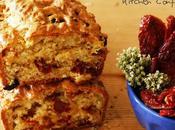 Plum cake salato pomodori secchi fontina