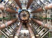 LHC, grande complessa macchina costruita dall'uomo