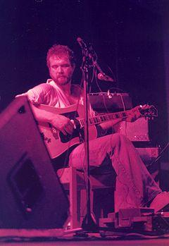 http://upload.wikimedia.org/wikipedia/commons/thumb/8/86/JohnMartyn1978.jpg/240px-JohnMartyn1978.jpg