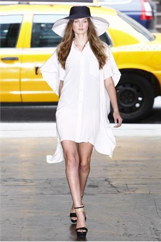 New York Fashion Week: DKNY S/S 2012 collection - Collezione P/E 2012 di DKNY