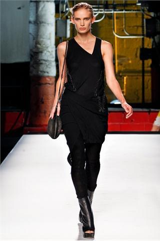 New York Fashion Week: Helmut Lang S/S 2012 collection - Collezione P/E 2012 di Helmut Lang
