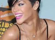 """Dalle Barbados orgoglio.. Rihanna: """"non fermo mai!"""""""