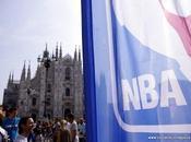 Zone invade Piazza Duomo Milano!