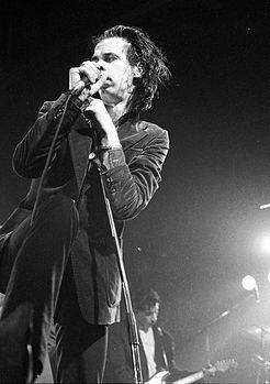 http://upload.wikimedia.org/wikipedia/commons/thumb/3/37/Nick_Cave_1986.jpg/246px-Nick_Cave_1986.jpg