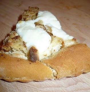 Pizza al miele di castagno e sapore di alchimia.