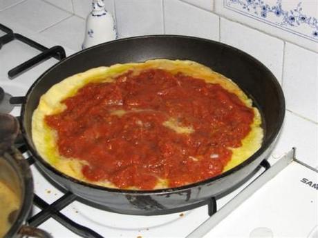 ... è un po rappreso girare la frittata e cucinare dall'altra parte