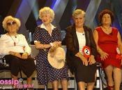 Siamo davvero paese stronzi adesso anche vecchiette umiliano apparire cinque minuti televisione?