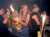 Paris Hilton Spende 350.000 EURO Champagne!!!