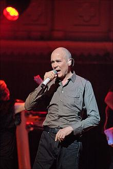 http://upload.wikimedia.org/wikipedia/commons/thumb/e/e5/Philip_Oakey_singing_at_Paradiso%2C_Amsterdam%2C_Netherlands-19April2011.jpg/220px-Philip_Oakey_singing_at_Paradiso%2C_Amsterdam%2C_Netherlands-19April2011.jpg