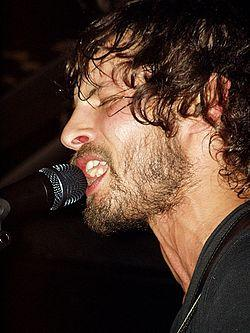http://upload.wikimedia.org/wikipedia/commons/thumb/7/71/Sam_Roberts_-_Close-up.jpg/250px-Sam_Roberts_-_Close-up.jpg
