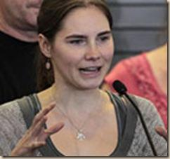 Amanda-Knox-addresses-a-n-002