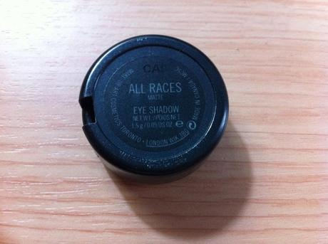M.A.C: All Races Eyeshadows Review
