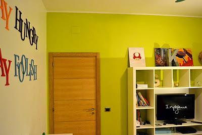 Decorare una parete con una scritta paperblog - Decorare una parete ...