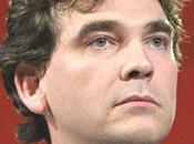 L'enfant terrible Arnaud Montebourg detta condizioni