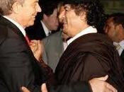 L'uccisione Gheddafi porta criminale guerra Tony Blair fuori guai