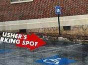 Usher disabili parcheggia: tizia momenti schiaffeggia!