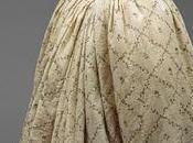 Mussolina: tessuto usato abiti femminili ottocenteschi