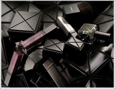 Gareth Pugh for MAC !!!! Yes !!!