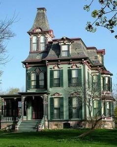 La casa infestata paperblog for Casa revival gotica