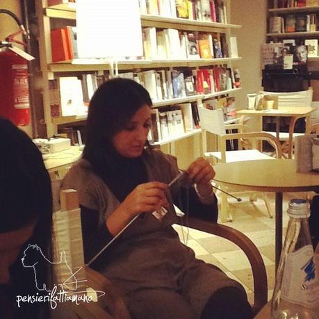 Storie da raccontare, il Knit Cafè nuovo filò
