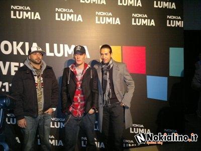 Nokia lumia event a milano paperblog - Gemelli diversi milano ...